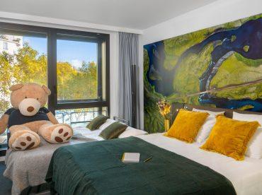 chambre-superieure-1-lit-queen-size-1-canape-lit-double